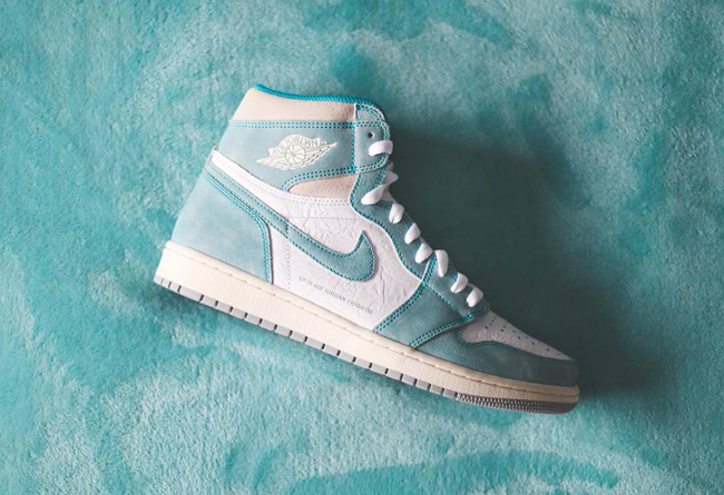 "Air Jordan 1 ""Flight Nostalgia"" 湖水绿 货号:555088-311"