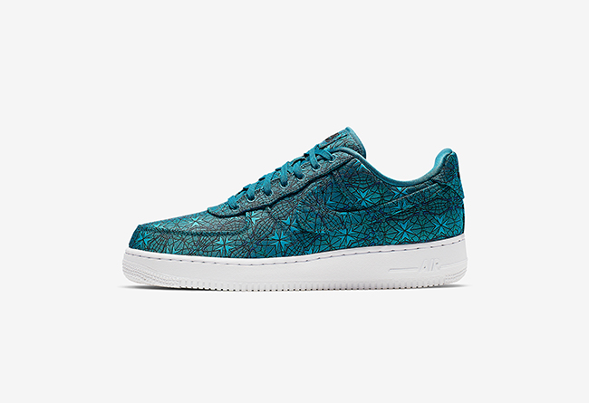 Nike Air Force 1 Low Premium 货号:AT4144-300