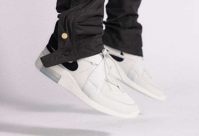 Nike Air Fear of God 180  货号:AT8087-001上脚图欣赏!