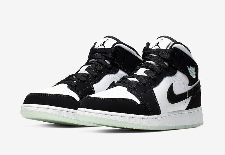 "Air Jordan 1 Mid GS ""Panda"" 熊猫配色 货号:BQ6931-103"