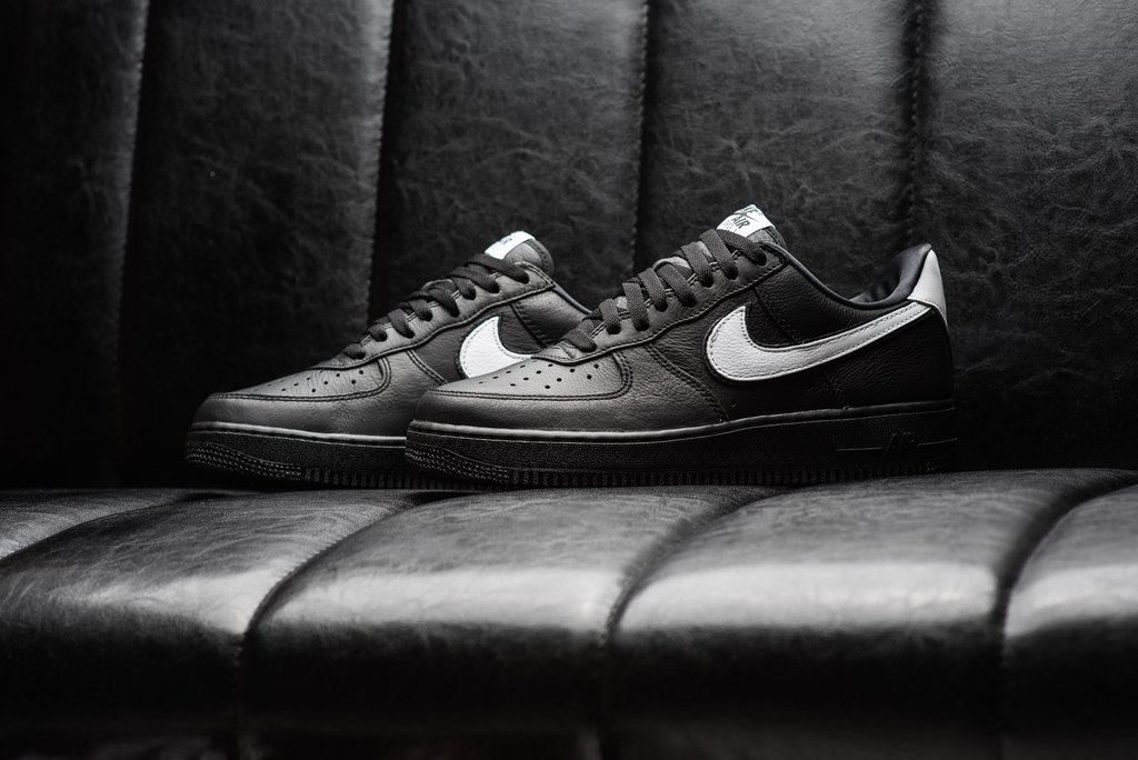 Nike Air Force 1  货号:CQ0492-001