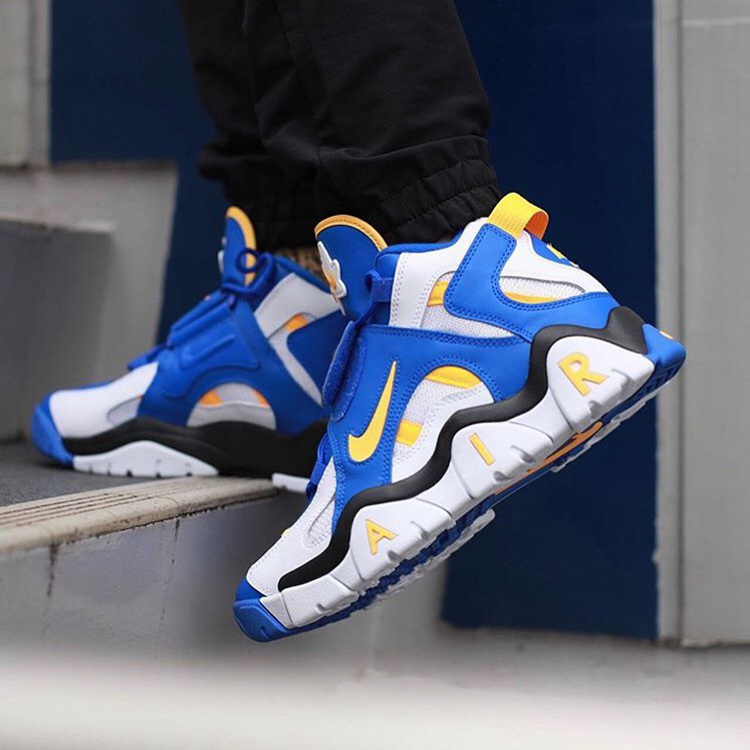 Nike Air Barrage Mid 货号:AT7847-100